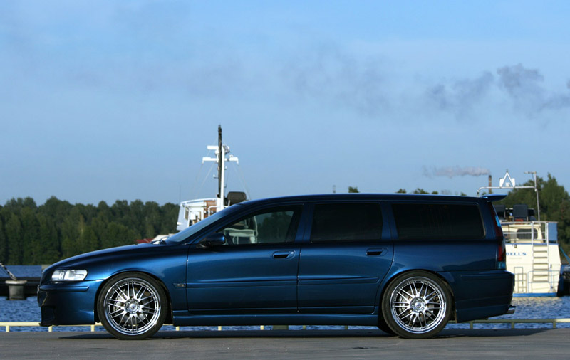 Volvere Etu on 2001 Volvo V70 Turbo Wagon